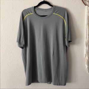 Lululemon Metal Vent Shirt - Size XXL